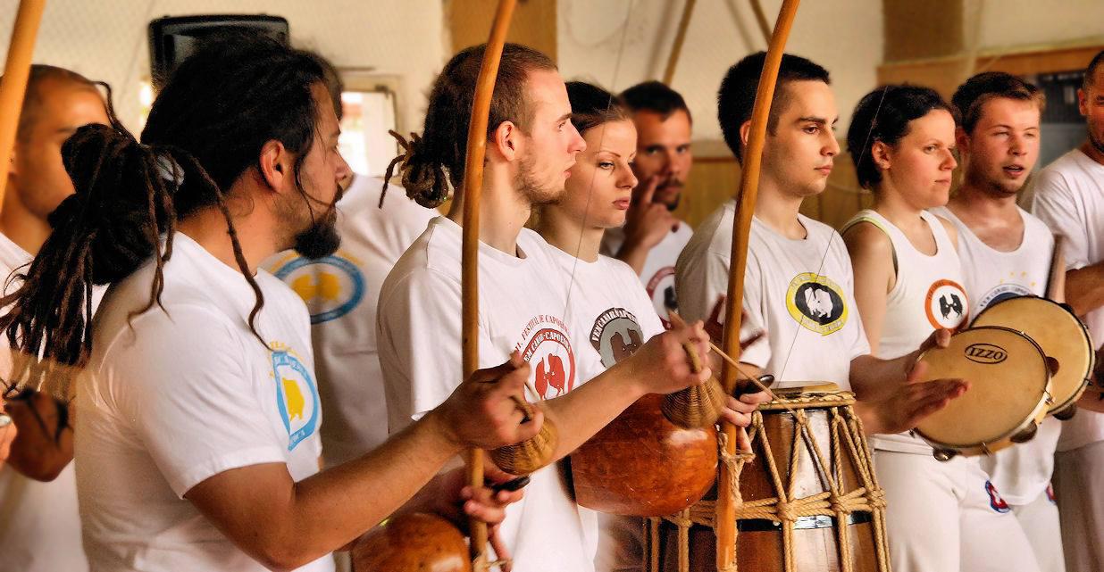 A capoeira hangszerei