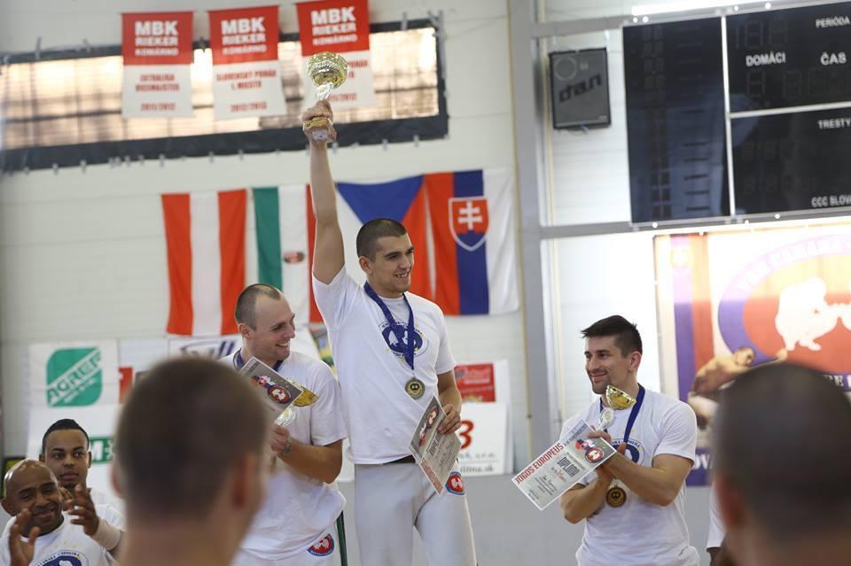 Instrutor Latino első helyezett a 2013-as capoeira Európa-bajnokságon