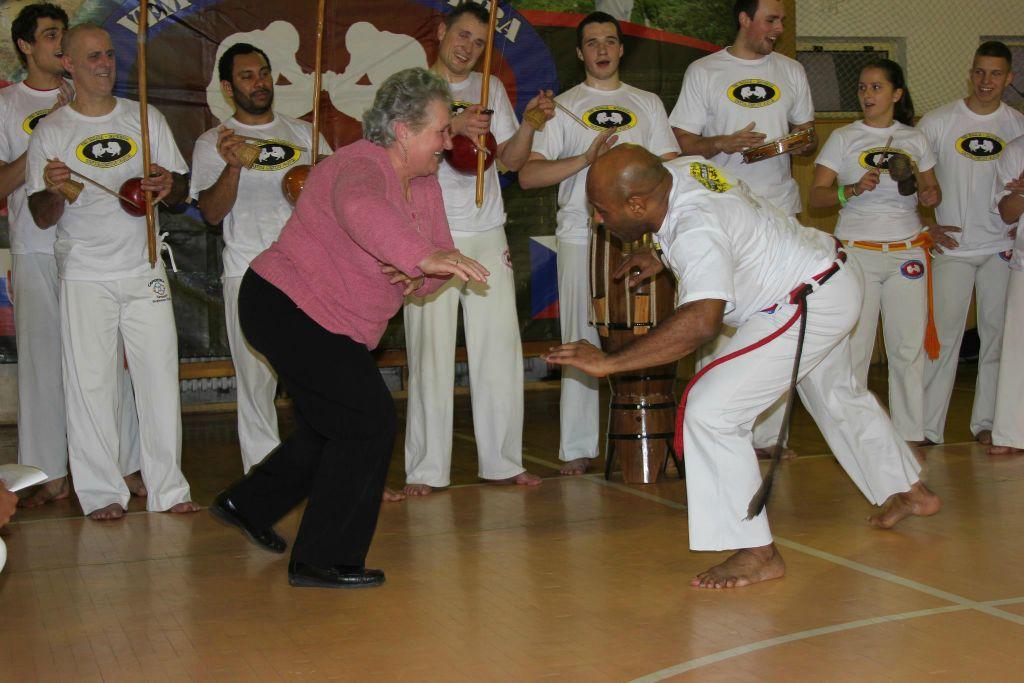 Mestre Paçoca és egy kedves nagymama